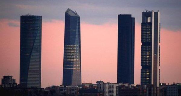 Madrid y Murcia, las que más crecen mientras Extremadura dispara su deuda
