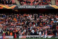 El Valencia CF retirará el pase a un abonado que realizó gestos fascistas y racistas a aficionados del Arsenal
