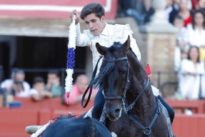 Oreja final a Guillermo Hermoso de Mendoza en Sevilla