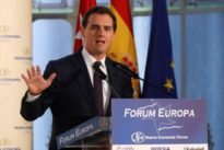 Albert Rivera: «El señor M. Rajoy debería pensar por qué han pasado de 186 a 66 escaños»