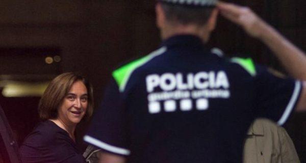 Ada Colau afirma que el PSOE debe ser un «aliado» para poner en libertad de los líderes del 1-O