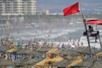 ¿Cómo encontrar a un niño perdido en la playa?
