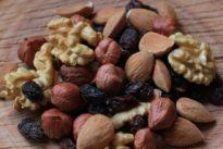 Consumir 60 gramos de frutos secos al día mejora la función sexual