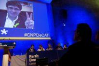 Puigdemont afila «la Crida» mientras decide si dinamita el PDECat
