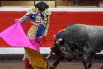 Cariñosa despedida a El Cid y gran faena de Emilio de Justo en Bilbao