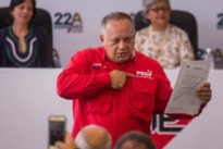 Diosdado Cabello aboga por la vuelta al trueque para fortalecer el bolívar