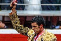 Un toro de Victorino raja a Emilio de Justo la oreja tras una colosal faena
