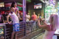 La mala imagen de Benidorm: el paraíso de sexo y alcohol «solo existe en dos calles»