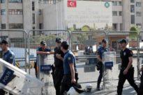 El Gobierno turco destituye a los alcaldes de las tres ciudades de mayoría kurda