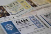 El misterio matemático del billete de lotería que siempre toca