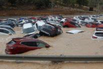 Inundaciones de la gota fría en directo: Muere un hombre en Almería atrapado en su vehículo