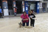 Lopez Miras dice que la situación es «muy peligrosa» por el desbordamiento del Segura en Murcia