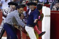Así se vivió la larga operación de ocho horas a Mariano de la Viña: «Le cogieron muerto del suelo»